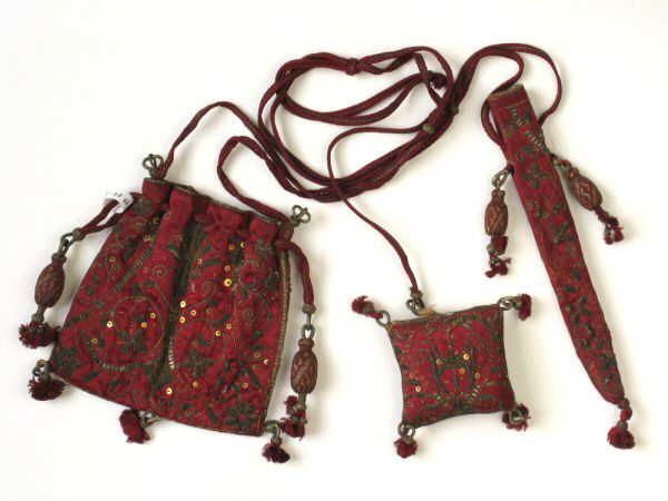 Manchester Galleries, chatelaine & housewife & pincushion & sweetbag  1610-1630  13 x 11.5 cm  1984.60