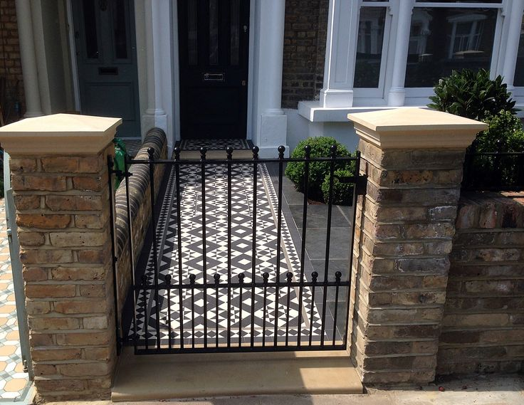 front garden entrance yellow stock bricks stone coping metal gate victroian mosaic putney clapham wandsworth earlsfield southfield wimbeldon london