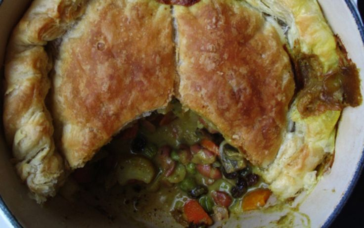 Hearty Winter Curry Pie [Vegan]   One Green Planet