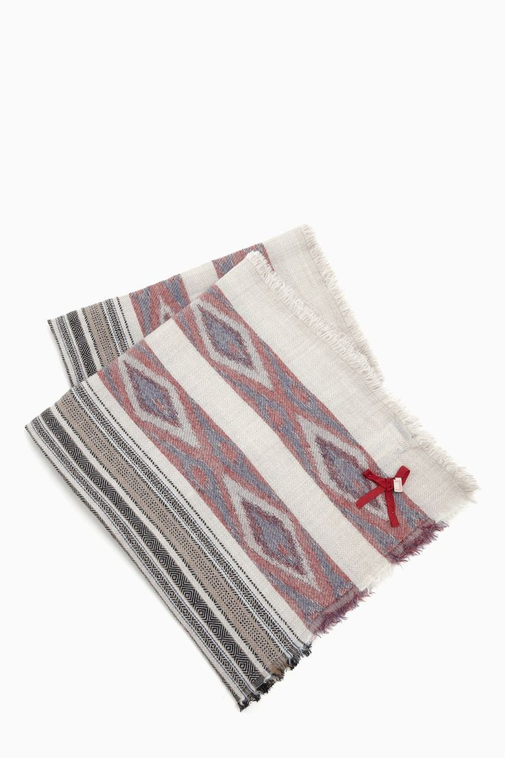 Maxi bufanda tnica de lana bufandas y gorros adolfo for Adolfo dominguez neceser