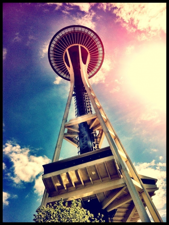 Another fantastic Space Needle shot!