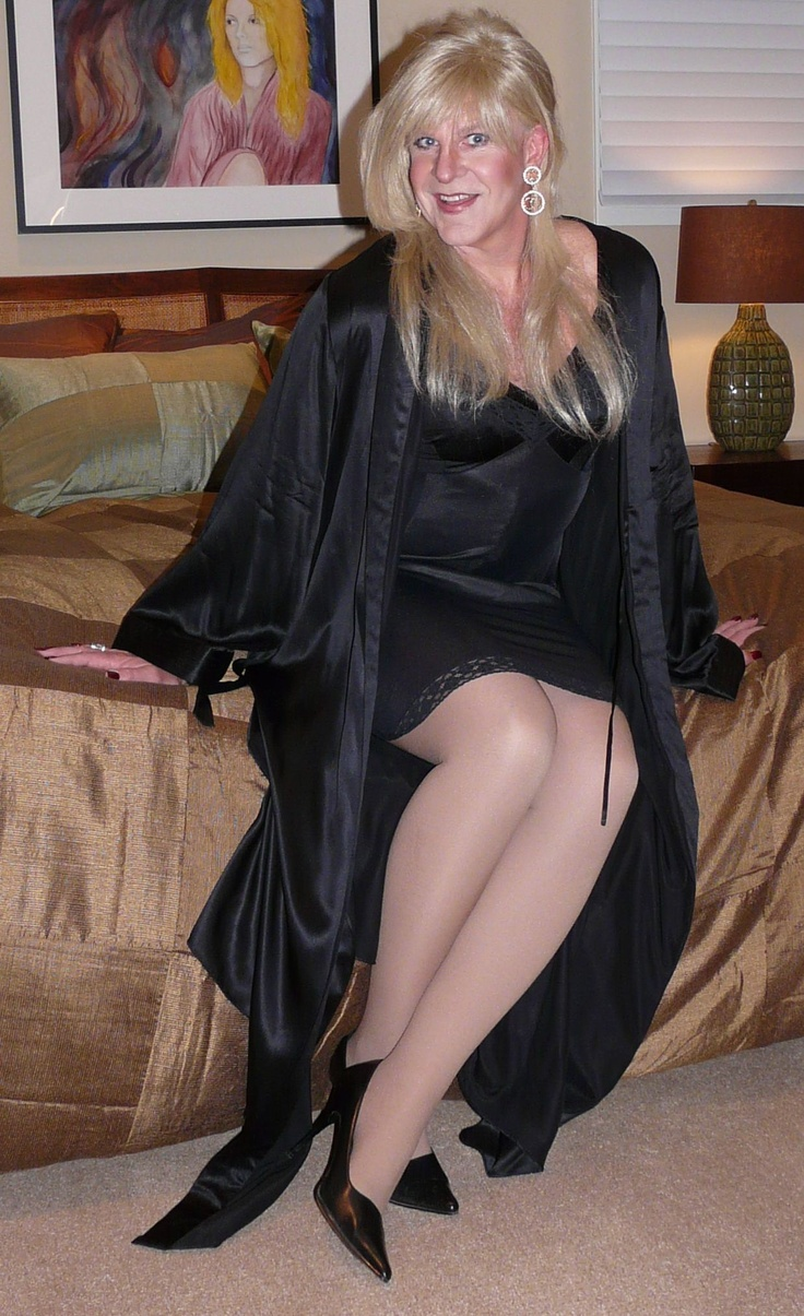 crossdresser cougar