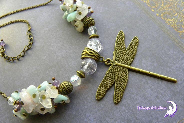 ~ Envolée nature ~ Collier couleur bronze, chips d'amazonite, quartz rose, libellule, perle bronze et perles de verre violet