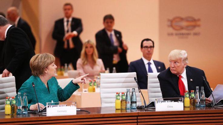 Lange hat sich Angela Merkel erfolgreich als Weltenlenkerin inszeniert, doch ausgerechnet der G-20-Gipfel in Hamburg drohte zu floppen. Doch am Ende gelingt es ihr, 18 Staaten auf ihre Seite zu bringen.