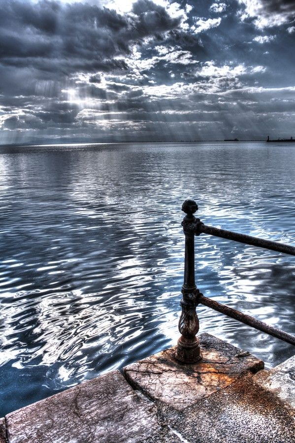 Photo Standing alone by Vag Ant on 500px #Thessaloniki #Greece #2DesignPhotography