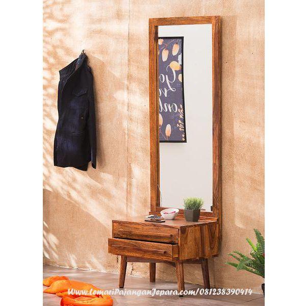 Jual Meja Rias Minimalis Model Terbaru desain Meja Rias Terbaru yang menggunakan Bahan kayu Jati dan bentuk Cermin Minimalis dan Terdapat Laci Yang unik