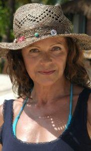 """Angela Roy in """"Traumhotel Malediven"""""""
