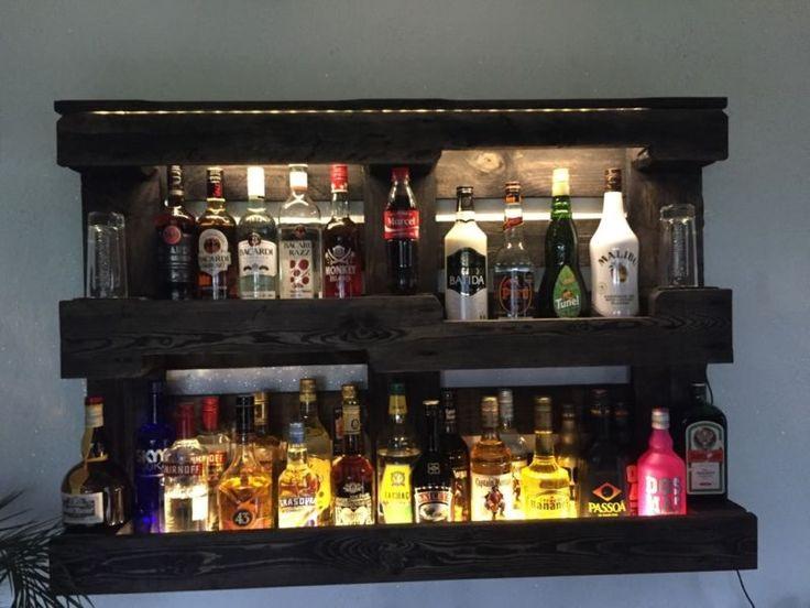 Verkaufe ein Regal für Flaschen fürs Wohnzimmer oder die Bar aus einer Europalette hergestellt mit...,Euro Palette Bar Regal Flaschenregal mit LED's in Nordrhein-Westfalen - Eitorf
