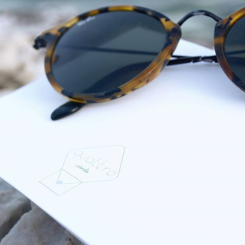 Afternoons.    #quattroshapes #quattrocards #quattrologo #logo #rayban #sunglasses #whitecolor #sunsetcolors #greetingcards #summercards #thingswelove #visualscollective #collectingideas #vintagesunglasses #summerafternoons #summer #urban #urbanism #simplicity