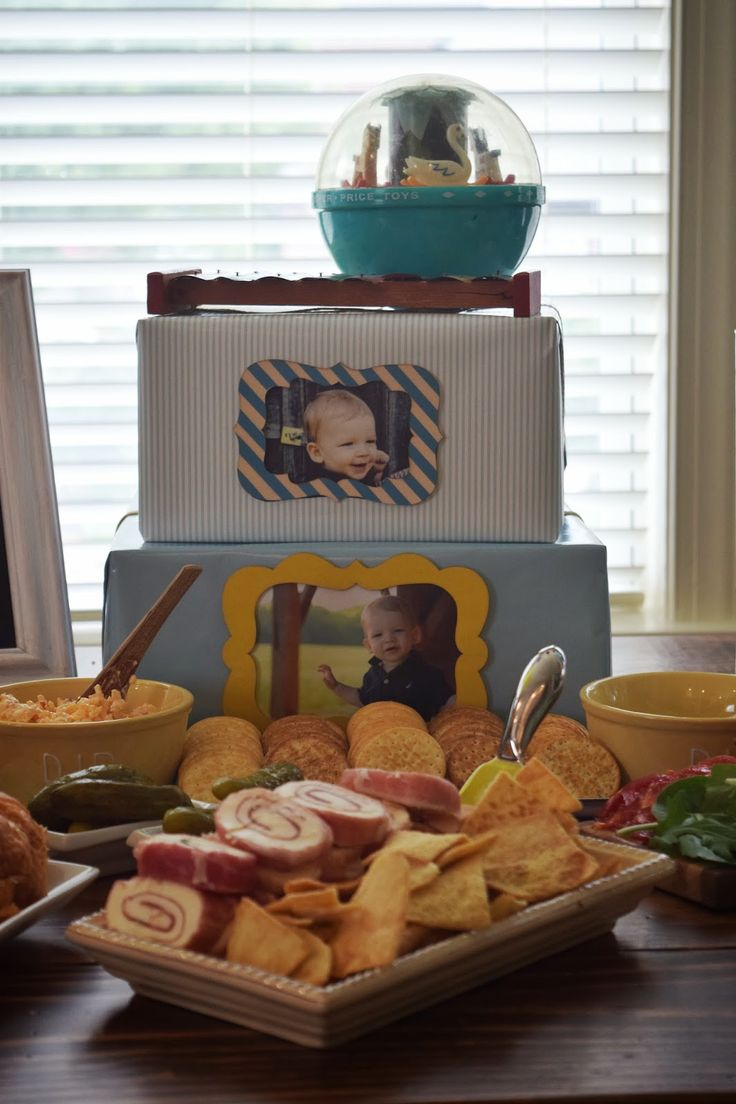 Vintage Toy Birthday Party Menu http://www.allkindsofthingsblog.com/2014/09/vintage-toy-party-isaacs-first-birthday.html