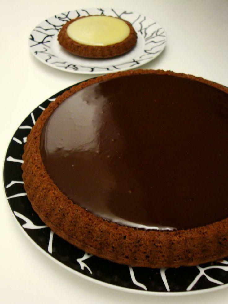 le ricette in cucina di patatina: torta lindt (versione con cioccolato fondente e bianco)