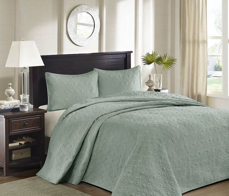 3 Piece Oversized King Bedspread To The Floor Set Solid Seafoam