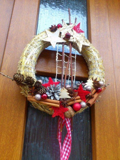 Vánoční věnec na dveře.. Na přírodním základu I. Advent wreath