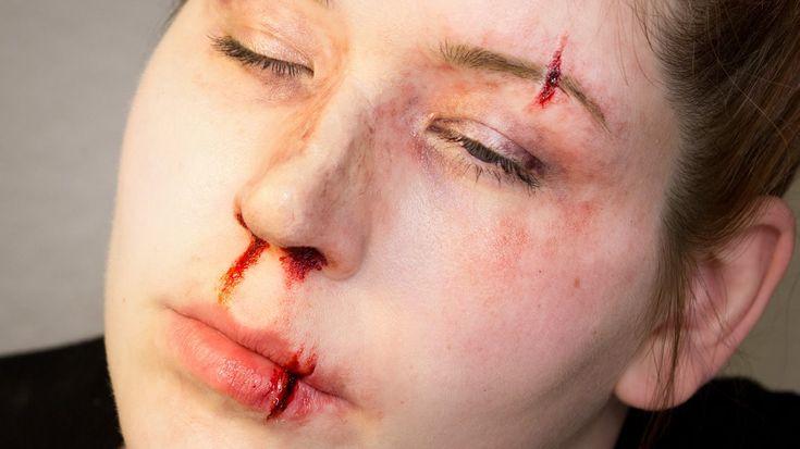 fake split brow/lip makeup tutorial   Halloween/Makeup ...
