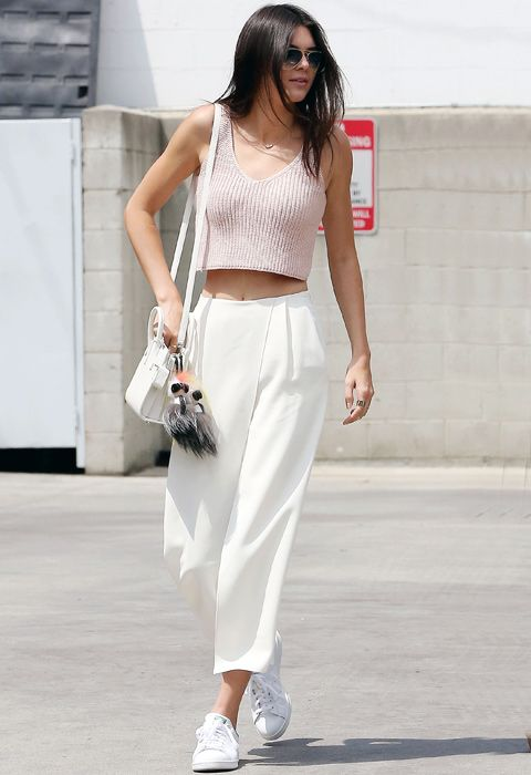 Cropped relaxed trousers and cute pink crop top. Sunday brunch outfit = sorted. Thanks, Kendall Jenner!