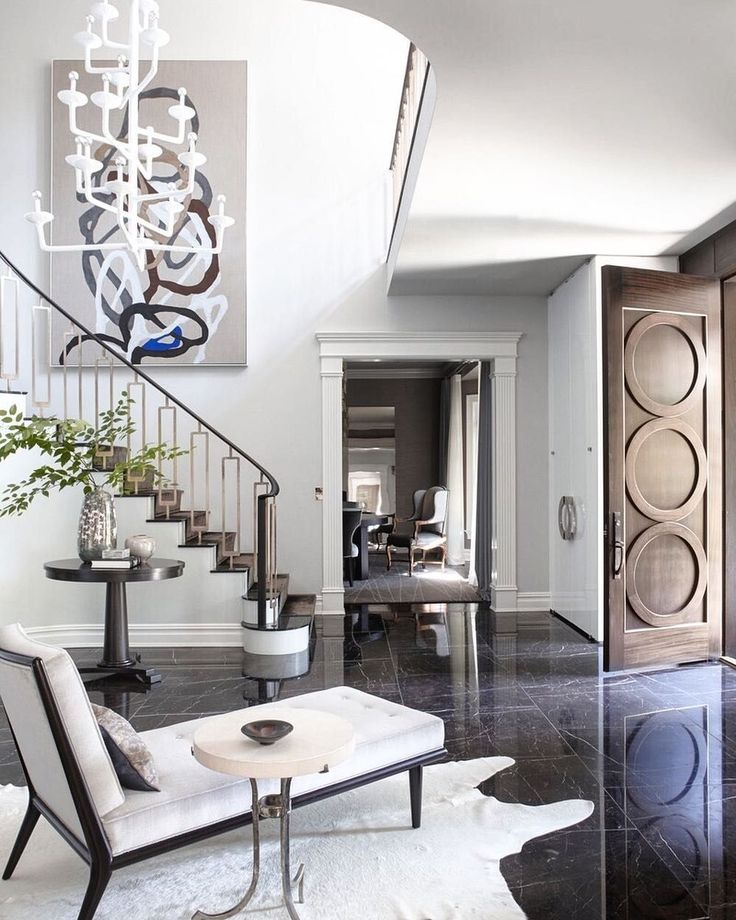[repost] Check out that We can't get over how gorgeous this elegant foyer s in Westchester redesigned by Neil Beckstedt.  .  #nealbeckstedtstudio #nealbeckstedt #laidbackluxe #interiors #architecture #classyinteriors #home #homedesign #homedecor #canvas #art #artwork #print #luxuryinteriors #luxuryhomes #architecture #USA #luxuryart #wallart #statementart