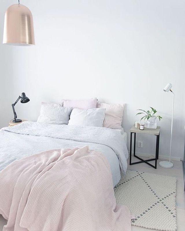 The beautiful bedroom of my long term fave @heinassaheiluvassa