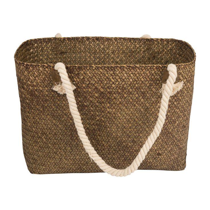 Lekker naar het strand met deze mooie, stijlvolle picknicktas. De tas biedt volop ruimte voor eten, drinken en eventueel nog een picknickkleed. Door de uitstraling van een echte strandtas, waan je je bovendien sowieso al op vakantie!
