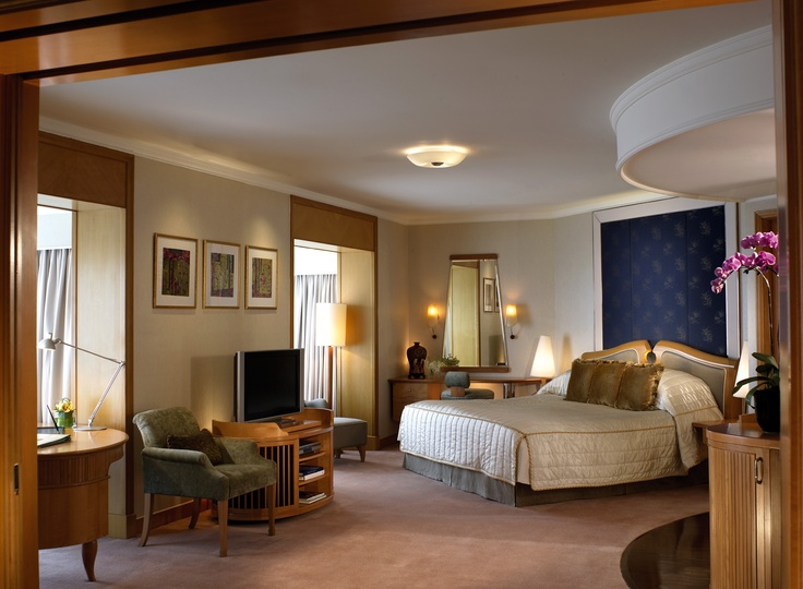 The Horizon Club Premier Suite Shangri la hotel, Hotel
