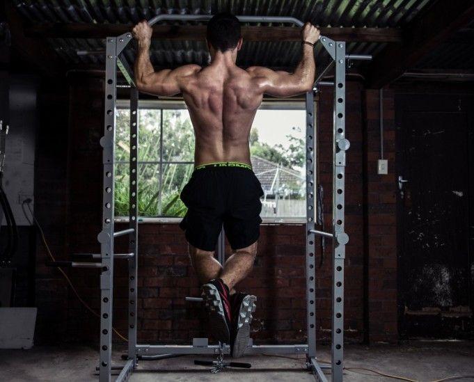 Máme tu nový rok a s ním prichádzajú staronové predsavzatia. Jednou z najčastejších tém novoročných plánov je cvičenie, úbytok tuku, či budovanie svalov. Skvelým spôsobom na splnenie cieľov z tejto kategórie sú zhyby s vlastnou váhou na hrazde Zhyby patria medzi najnáročnejšie cviky. Je to preto, lebo cvičíte s celou váhou svojho tela. Počas príťahu …