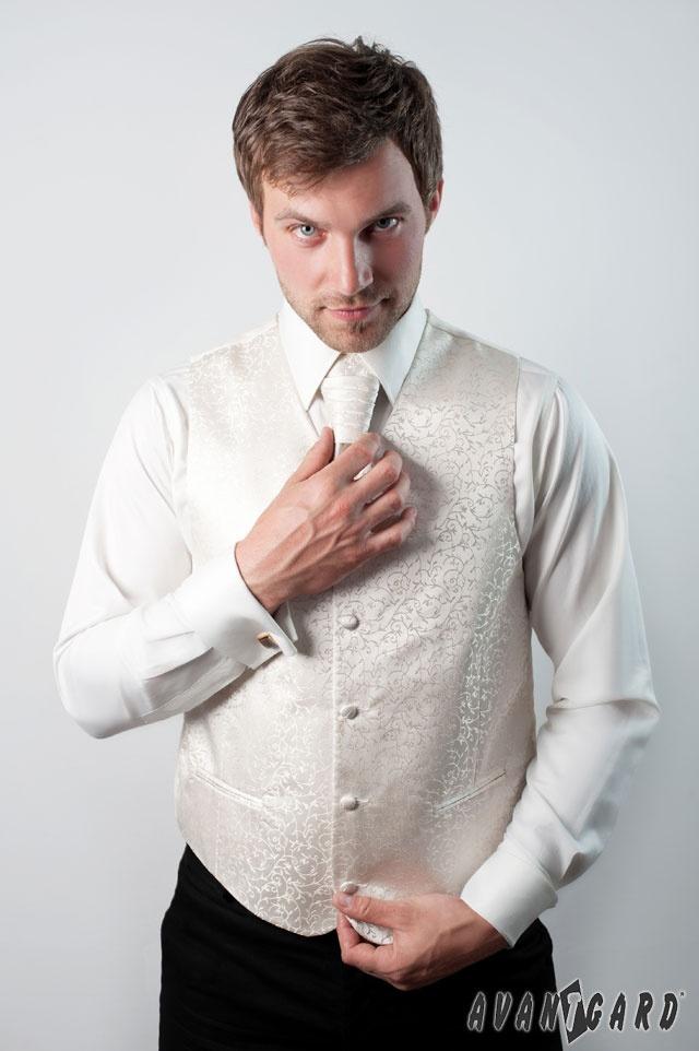 Pánská košile se svatební vestou, regatou a kapesníčkem. Vše značka AVANTGARD.   ///   Men's shirt cufflinks, wedding vest and tie and handkerchief. Brand AVANTGARD.