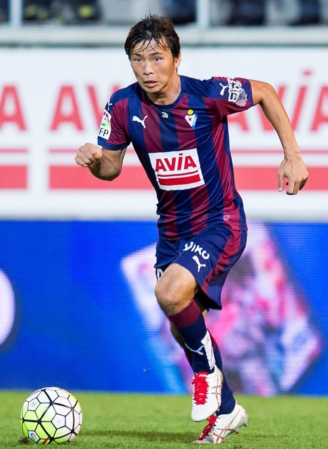Takashi Inui - I've been loving his playing style since he was a senior high school in Japan. Now he plays in Spain.
