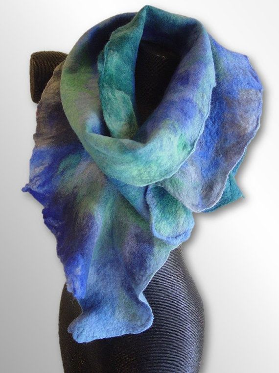 Ice Blue Clematis hand felted flower scarf por InnovativeArtWear