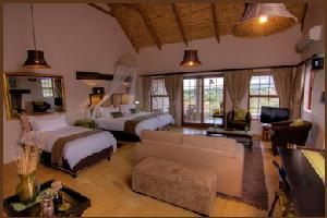 Choose where to Snooze - Karoo View Cottages Striata suite