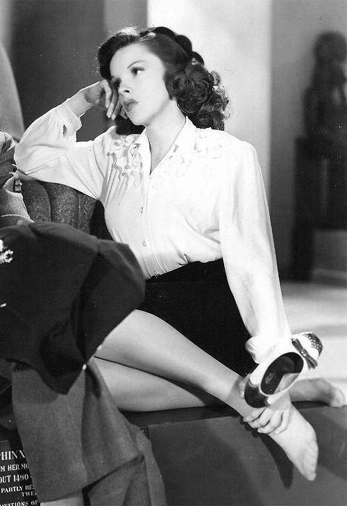 "bettesdavis: "" Judy Garland in The Clock, 1945 """
