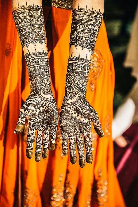 Bridal henna - creative designs! Check out more desings at: http://www.mehndiequalshenna.com/ Check out more desings at: http://www.mehndiequalshenna.com/