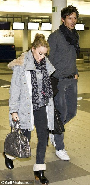 kylie minogue height - Google Search