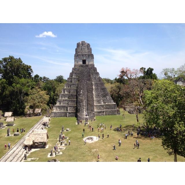Tikal, capital del mundo maya