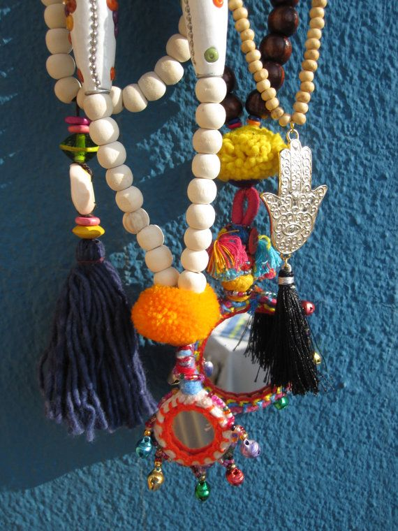 Hippie Chic Navy Blue Tassel necklace por VivalaVirgen en Etsy