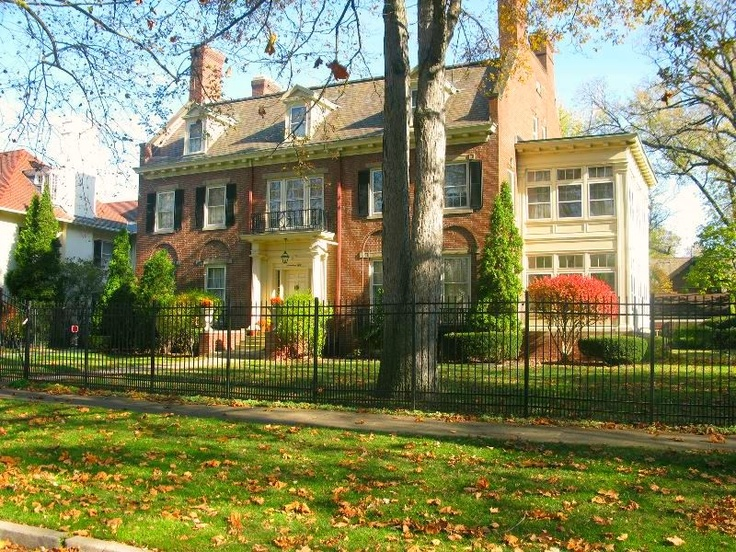 Check out 12 of the coolest homes in the country 39 s largest for 3 4 houses in michigan