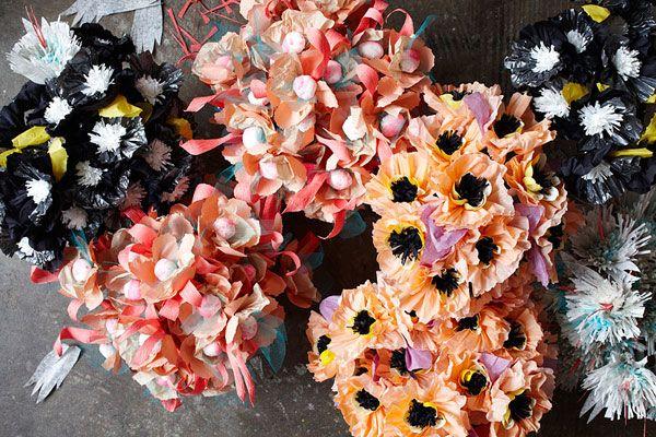 paperflowers: Paper Craft, Paperflowers, Inspiration, Flower Bouquets, Color, Art, Paper Flowers, Thuss Farrell, Thussfarrell