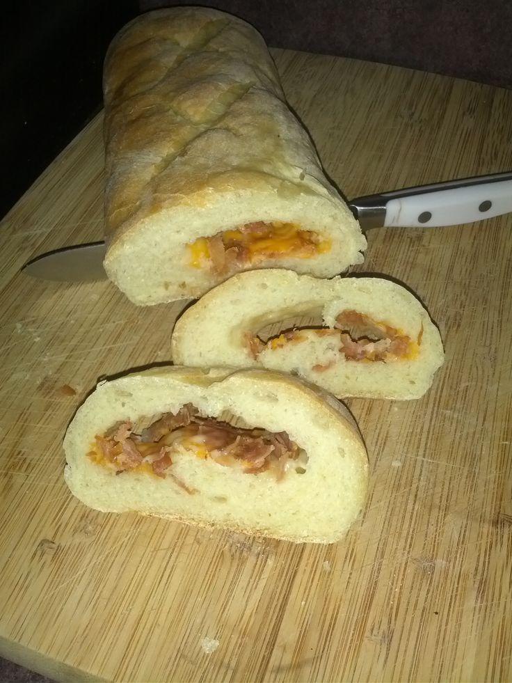 Pain farci bacon et fromage  un délice