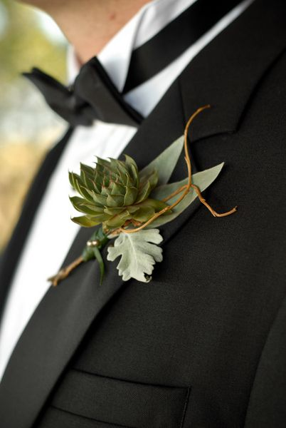 Wedding Trends: Boutonnieres