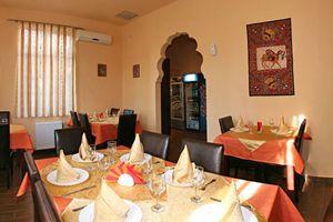 Haveli Indian Restaurant - Quiet atmosphere but great food