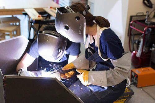 日本《熔接女子》急增中 這也是女子力的一種提升(握)