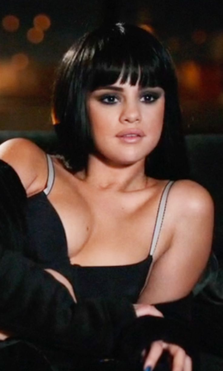 if u want to watch hands to myself http://www.popsugar.com/entertainment/Selena-Gomez-Hands-Myself-Video-39503040