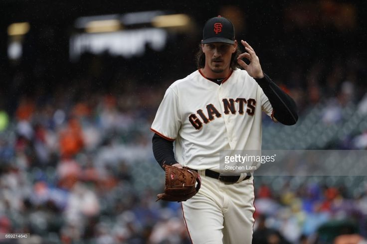 Jeff Samardzija #29 of the San Francisco Giants gestures as he walks back to the dugout during first inning against the Colorado Rockies at AT&T Park on April 16, 2017 in San Francisco, California.