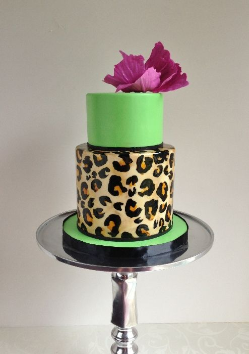 Modern Animal Print cake by the Cake Whisperer