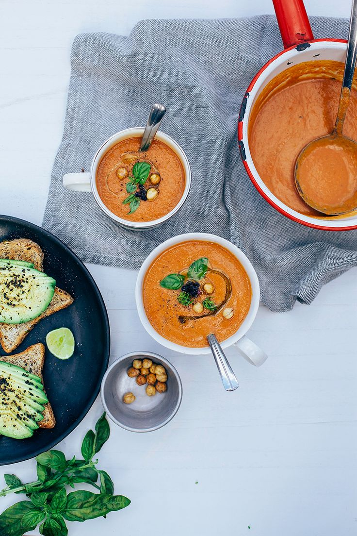 really good, really easy tomato soup // @thefirstmess