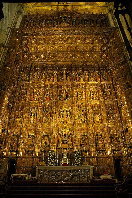 Capilla Mayor Altarpiece, Toledo, Spain, via Flickr.