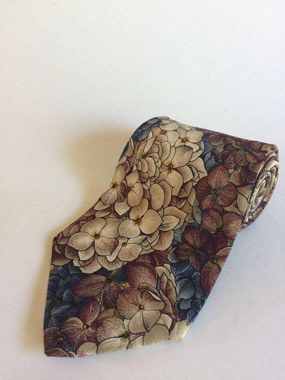 Vintage Yves Saint Laurent 1980s 1990s Floral Pattern Necktie