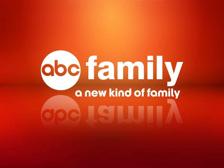 Kaitlyn Leeb Cast as Camille in ABC Family's Shadow Hunters!