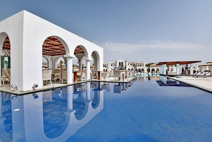 Liebe Urlaubspiraten, bei uns findet ihr die besten Reiseschnäppchen, Hotels und Flüge für einen günstigen Urlaub. Jetzt bei uns buchen!