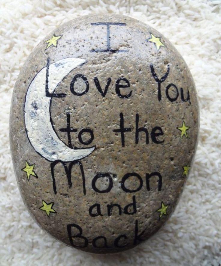 romantische Liebeserklärung machen durch bemalte Steine