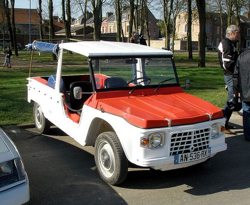 823 best images about citro n 2cv and mehari on pinterest cars provence and 4x4. Black Bedroom Furniture Sets. Home Design Ideas