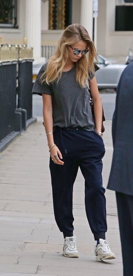 nice Cara | gosh, those pants! #style #StreetStyle...